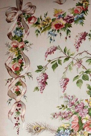 French Baroque Wallpaper