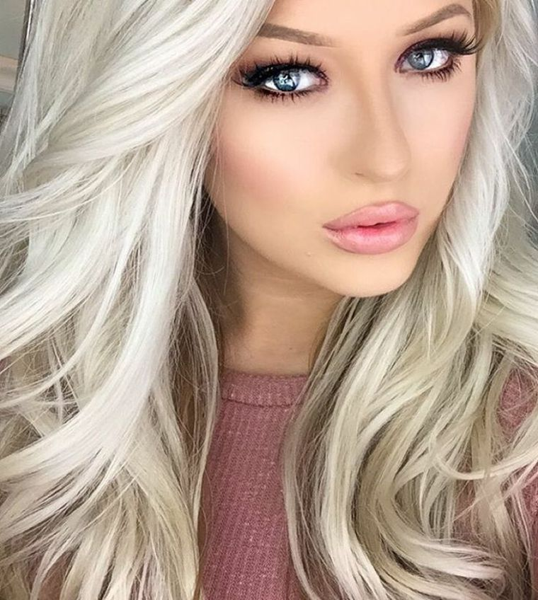 Platinum Blonde coiffures féminines pour cette saison