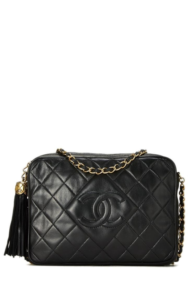 0d3f730c8683 What Goes Around Comes Around Black Quilted Lambskin Diamond 'cc' Camera  Bag Small - Chanel
