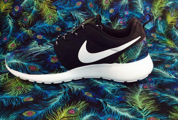 nike roshes women on Wanelo Runs Nike 2c4908fce8