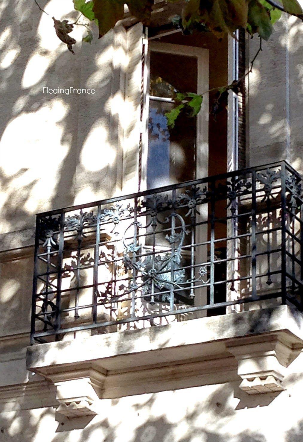 FleaingFrance ......French balcony
