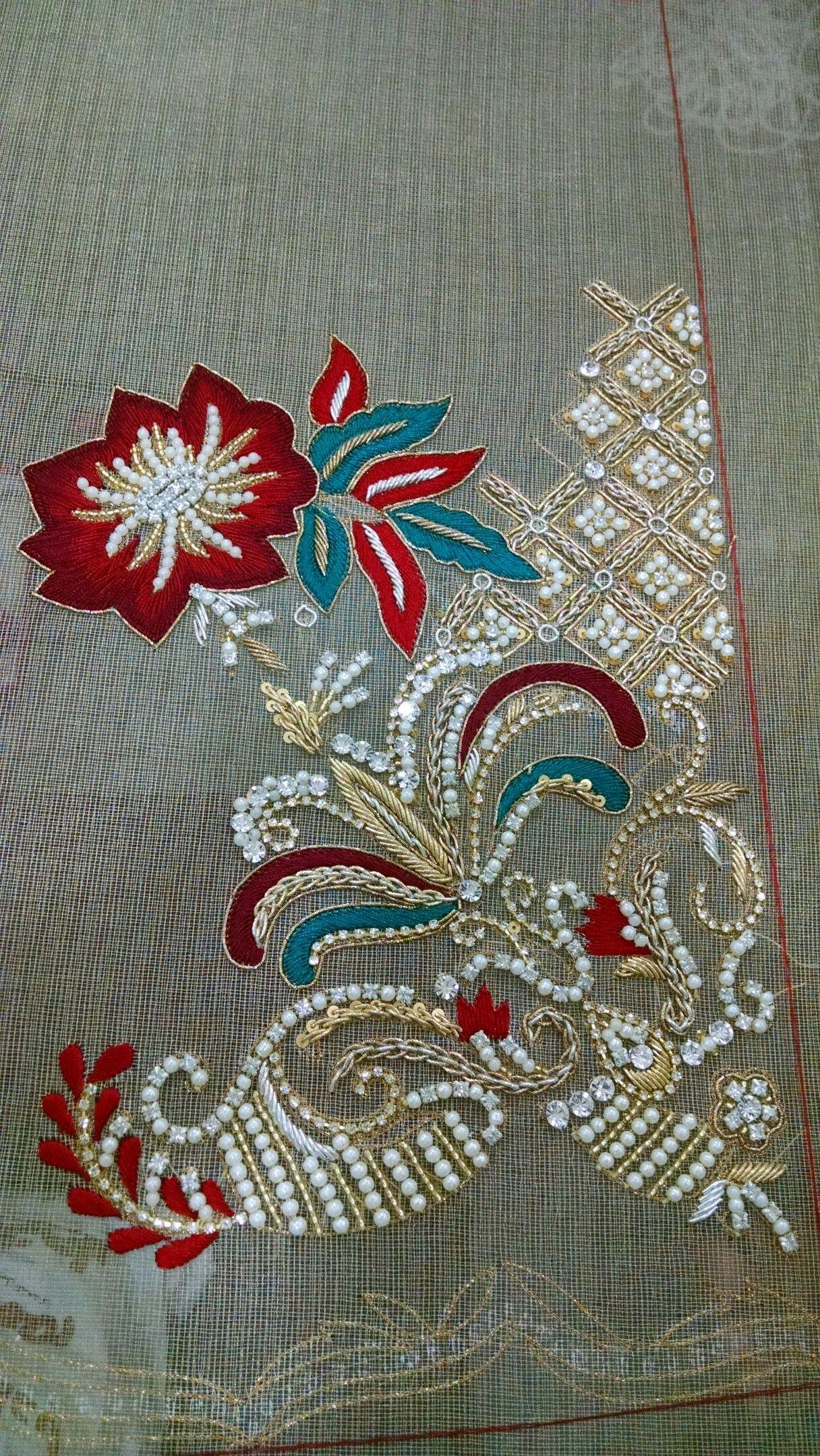 Pin de Lia Halim en Embroidery   Pinterest   Pedreria, Abalorios y ...