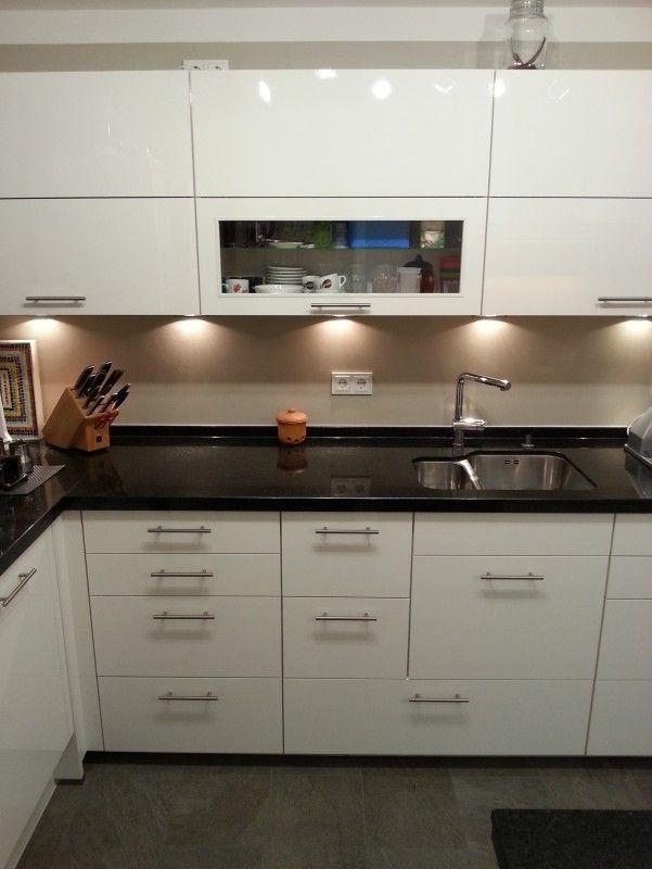 Single küche 8m2 endlich fertig fertiggestellte küchen nobilia