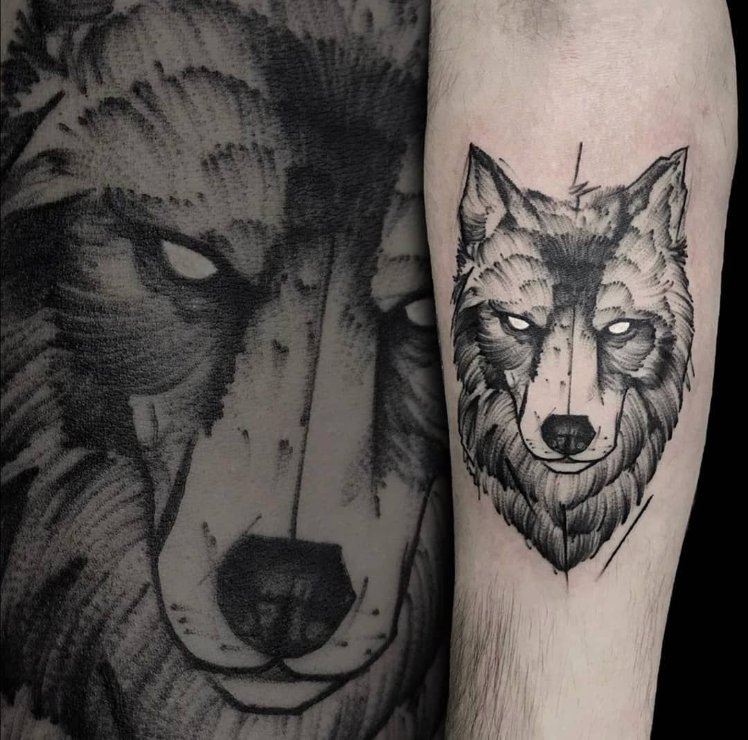25 Tribal Wolf Chest And Shoulder Tattoo Ideas For 2020 Do It Before Me Shoulder Tattoo Tribal Wolf Small Wolf Tattoo