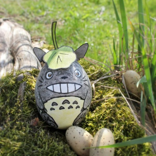 My Neighbor Totoro Easter Egg- Going to try it with an oval stone instead of an egg to keep it forever in my yard!