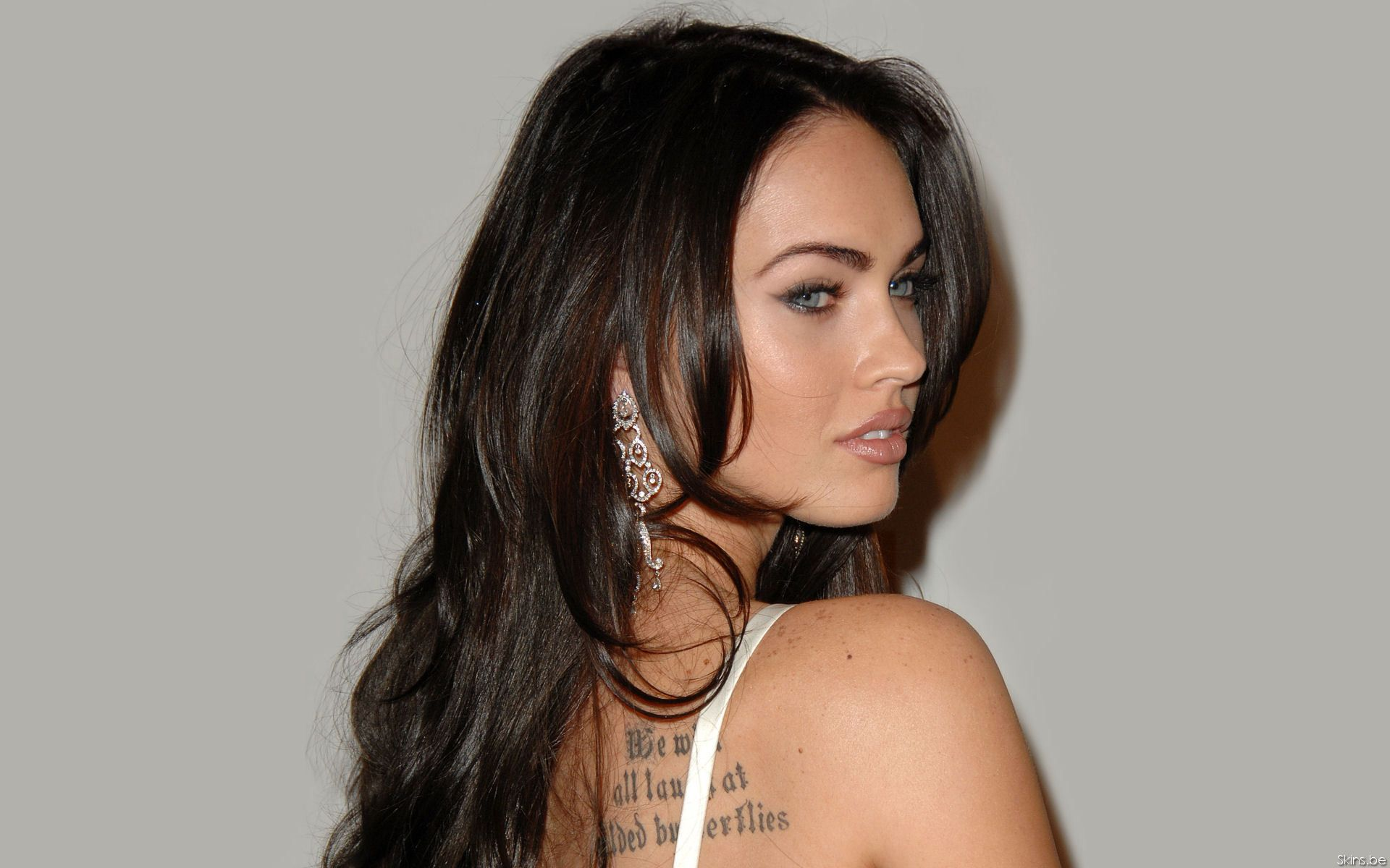 Megan fox astrology profiles celebrity star sign style megan fox geenschuldenfo Choice Image