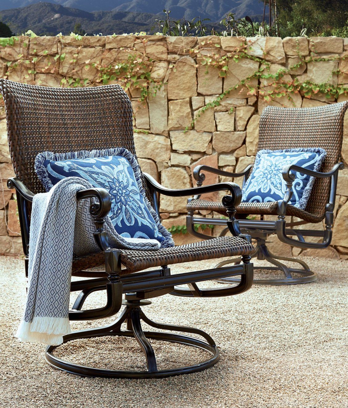 Set Of Two Carlisle Woven Swivel Rocker Lounge Chairs Frontgate Outdoor Furniture Swivel Rocker Chair Outdoor Fire Table
