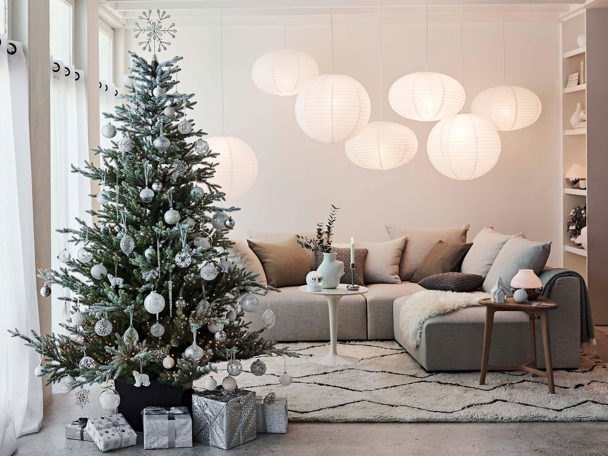 Christmas Decorating Trends Christmas Themes Decorations Trending Decor Christmas Tree Toppers Lighted