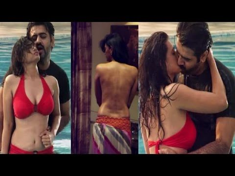 Hot and steamy song Of Pakistani Actress Meera | Hot