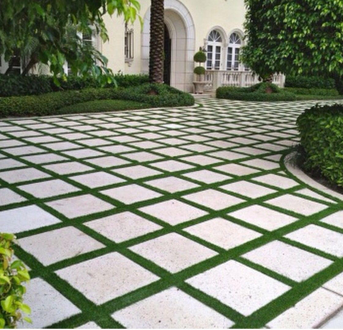 Use Of Artificial Grass For Driveway