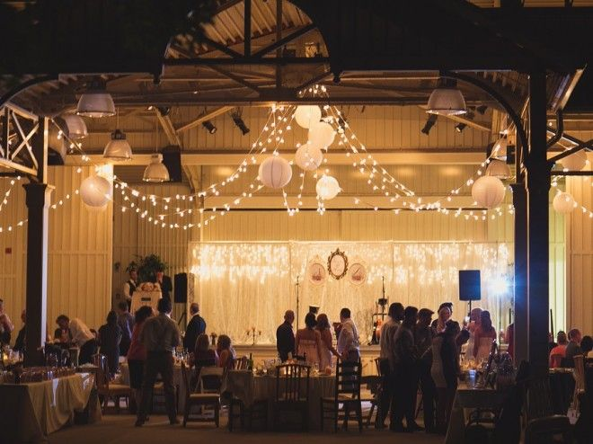 Shannon Amp Dannys Romantic Vintage Wedding At Black Creek Pioneer Village