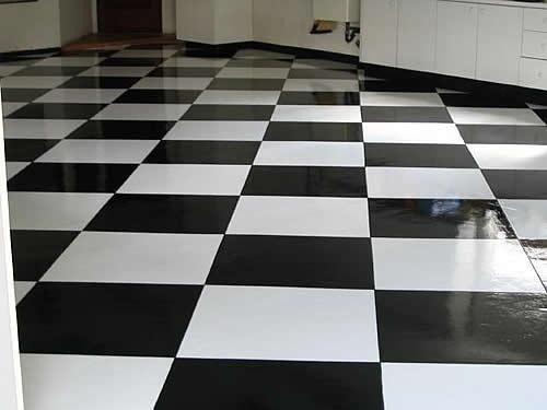 Pavimento garage pavimento a scacchi with pavimento - Piastrelle garage prezzi ...