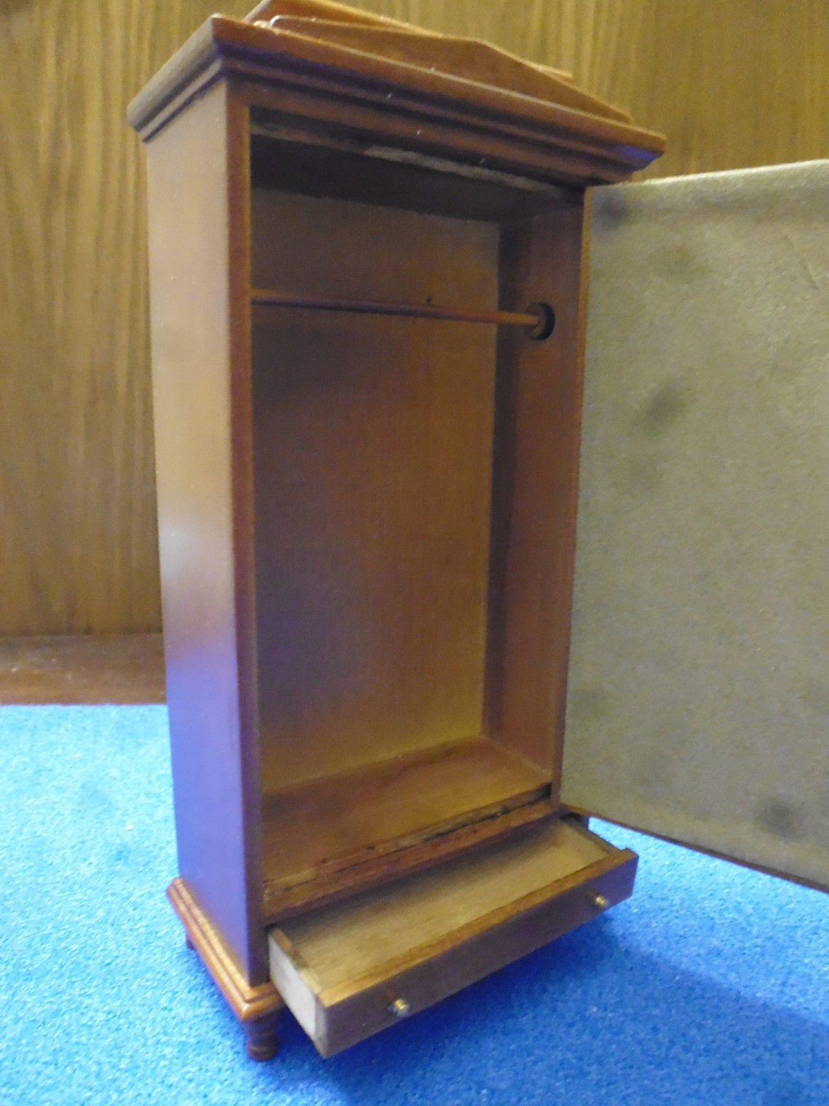 Dolls House Furniture Wardrobe Walnut JiaYi 6772