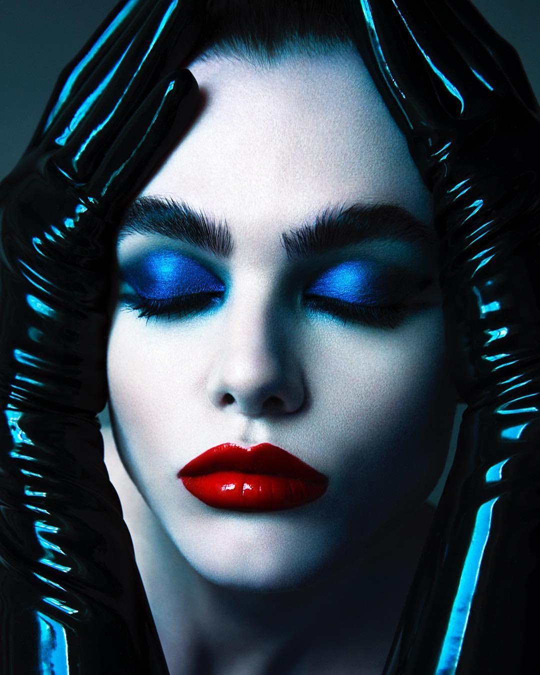 Desiree Mattsson Famous makeup artists, Makeup, Eye