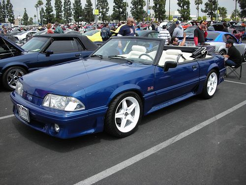 Ford Mustang 5 0 Gt Foxbody Convertible With White Cobra R Wheels Mustang Mustang Convertible Fox Body Mustang
