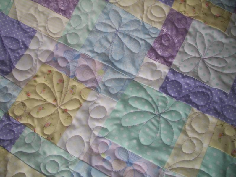 Free Hand Quilting Patterns for Beginners | Stitching | Pinterest ... : quilts designs free - Adamdwight.com