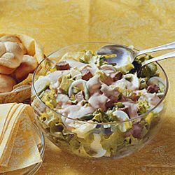 Ensalada de tomate con cebolla, jamón de pavo y Vitalinea PRO