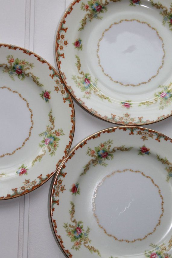 china sets Vintage dinnerware