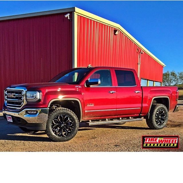 Here We Have A 2016 GMC 1500 Sitting On 20/10 Fuel Assault
