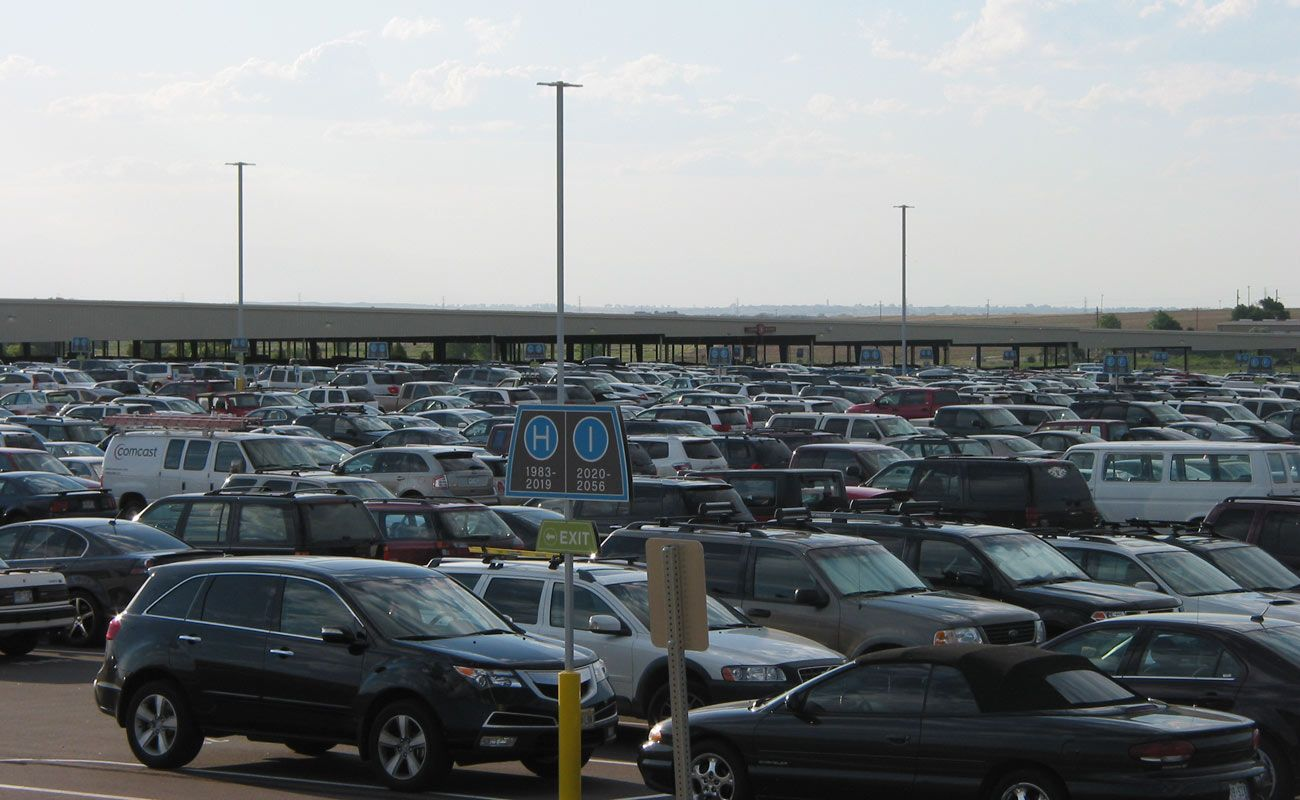 Get safe Denver airport parking spots online and cheap