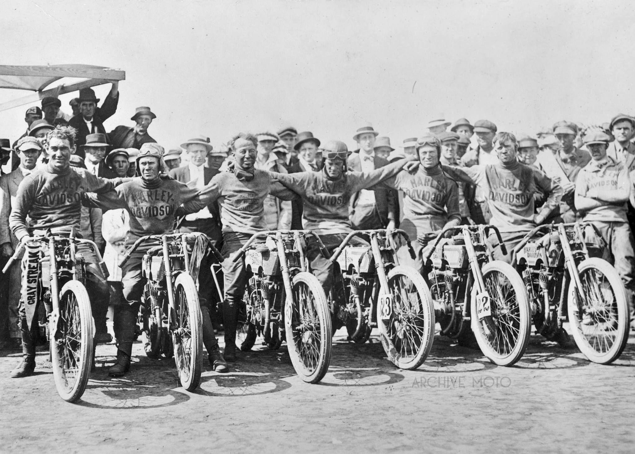 1915 H D Racing Team At The Dodge City Race Tom Parkhurst
