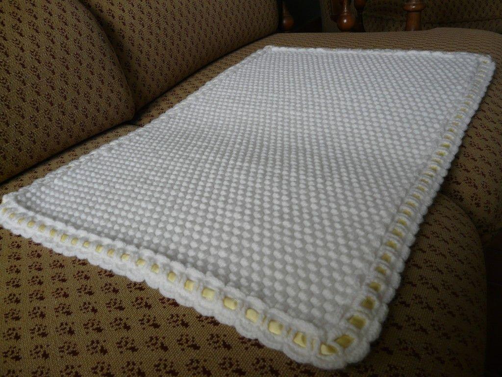 couverture de b b au crochet tuto plaid fait main pinterest couverture de b b. Black Bedroom Furniture Sets. Home Design Ideas