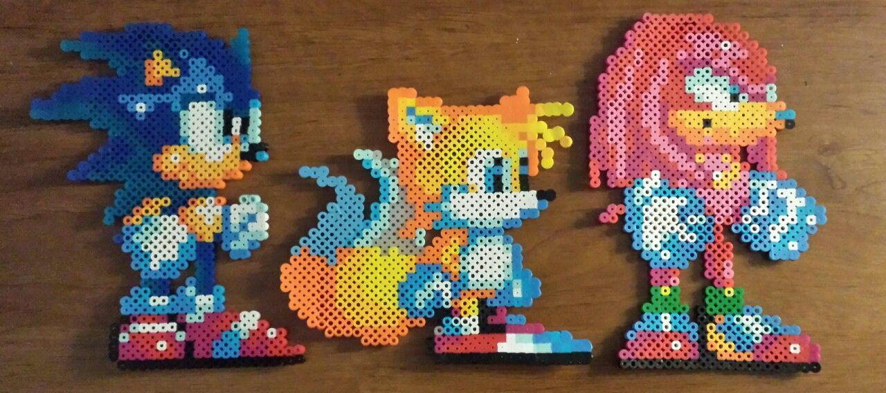 Sonic 3 & Knuckles sprites in perler beads!