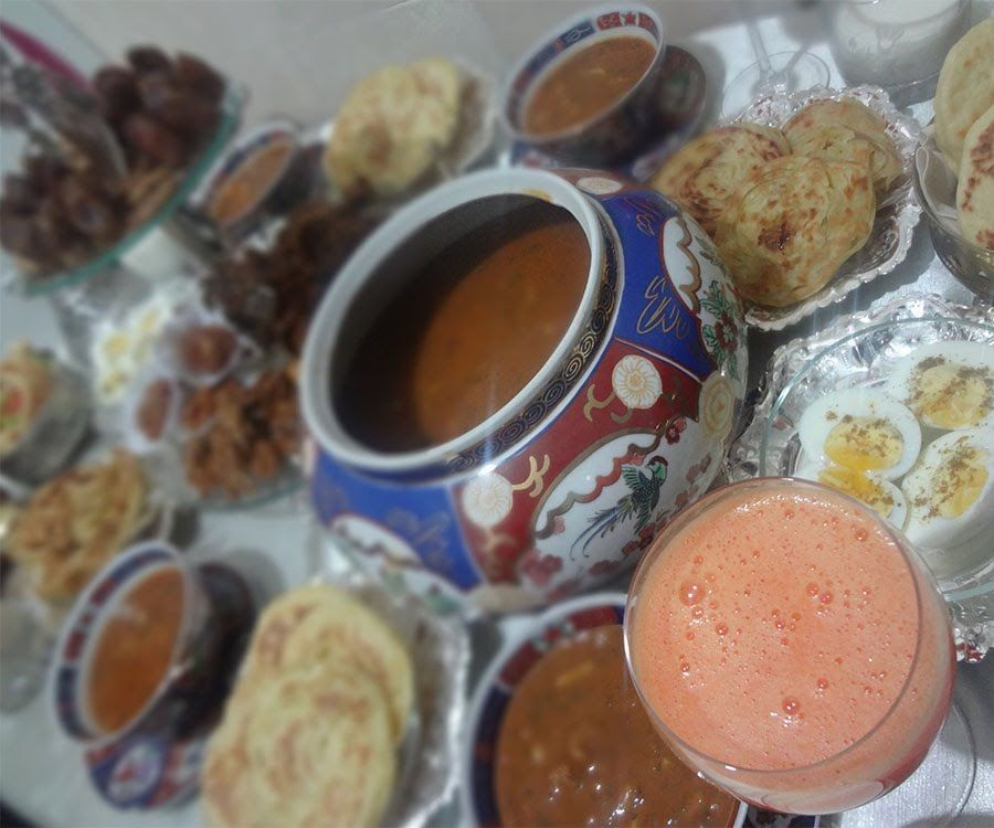 مائدة فطور رمضان مغربيه تقليديه Maida Ramadan Magheribya Youtube Dog Food Recipes Food Breakfast
