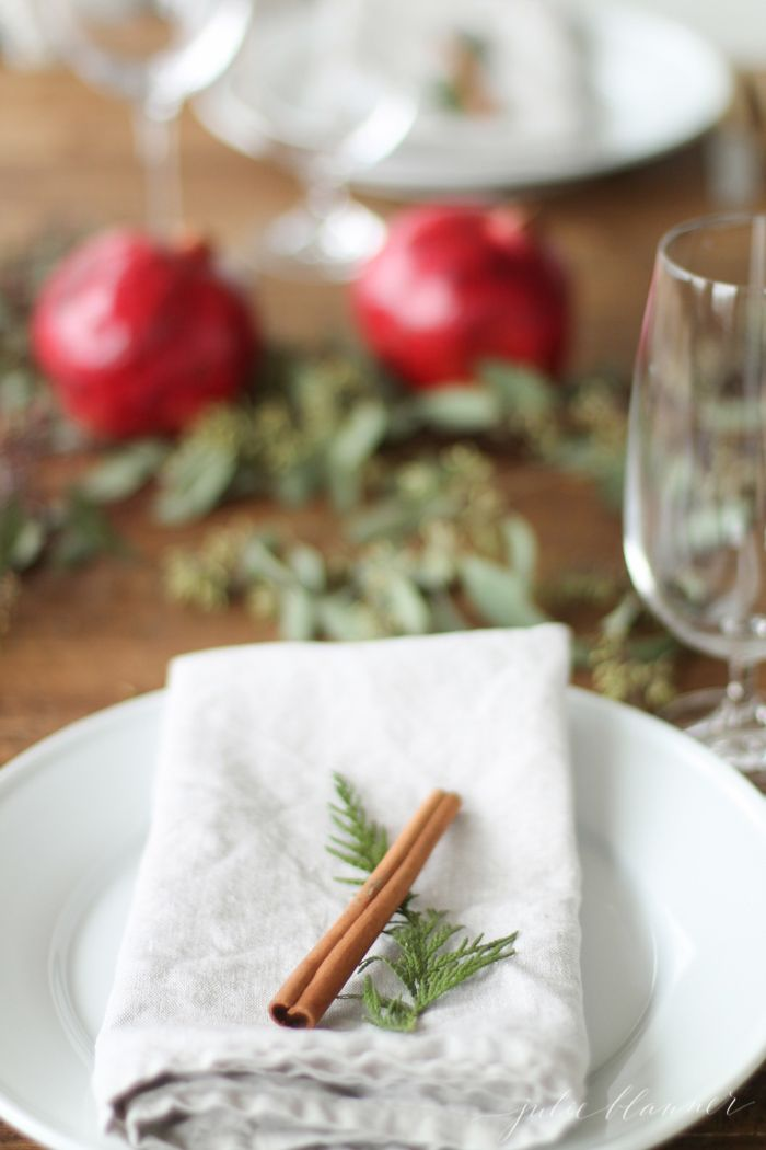 DIY edible Christmas centerpiece and table setting & DIY edible Christmas centerpiece and table setting | table settings ...
