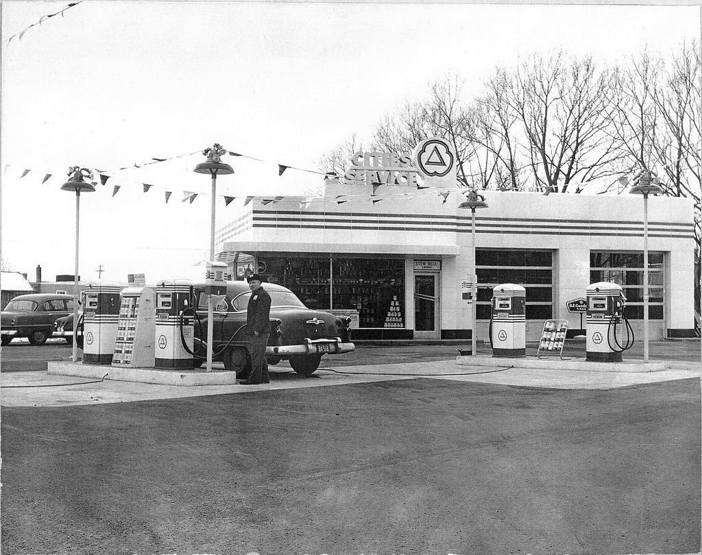 Cities Service Station Petrol Paradise Old Gas