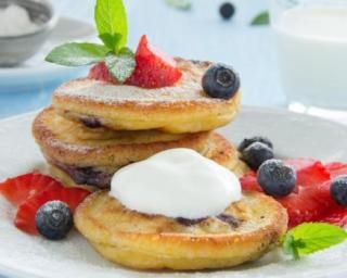 pancakes l g res aux myrtilles sp cial petit d jeuner. Black Bedroom Furniture Sets. Home Design Ideas
