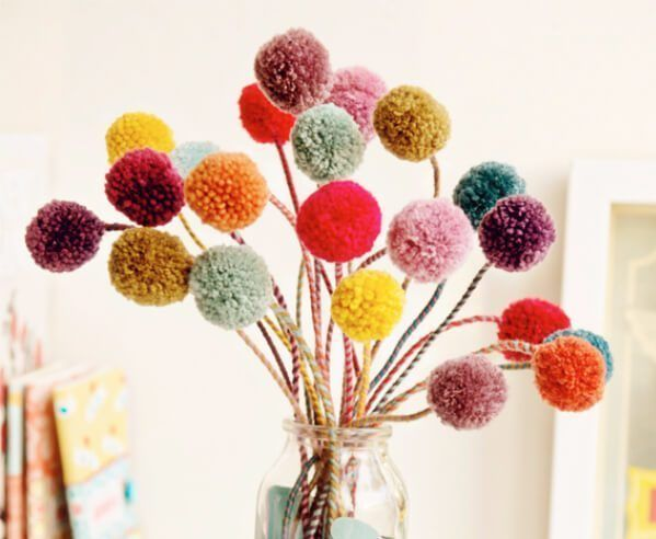 20 Pretty Pom pom Craft Projects to try with kids -   18 diy projects Cute pom poms ideas