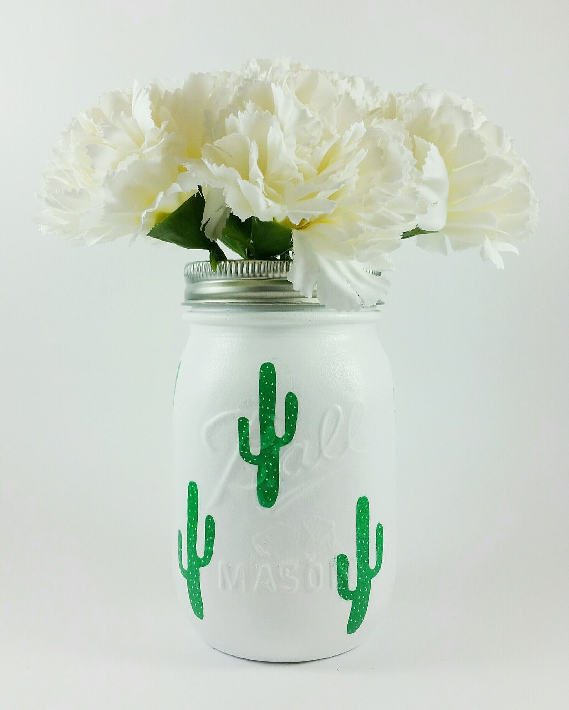 mason jar d coratif blanc cactus verts fonc s accessoires de maison par my pretty jar k. Black Bedroom Furniture Sets. Home Design Ideas