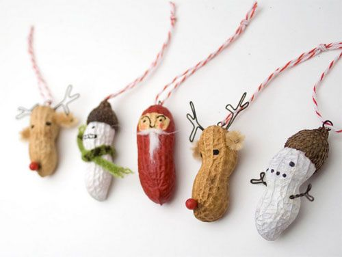 DIY Christmas ornaments - Peanuts! *love* do the \