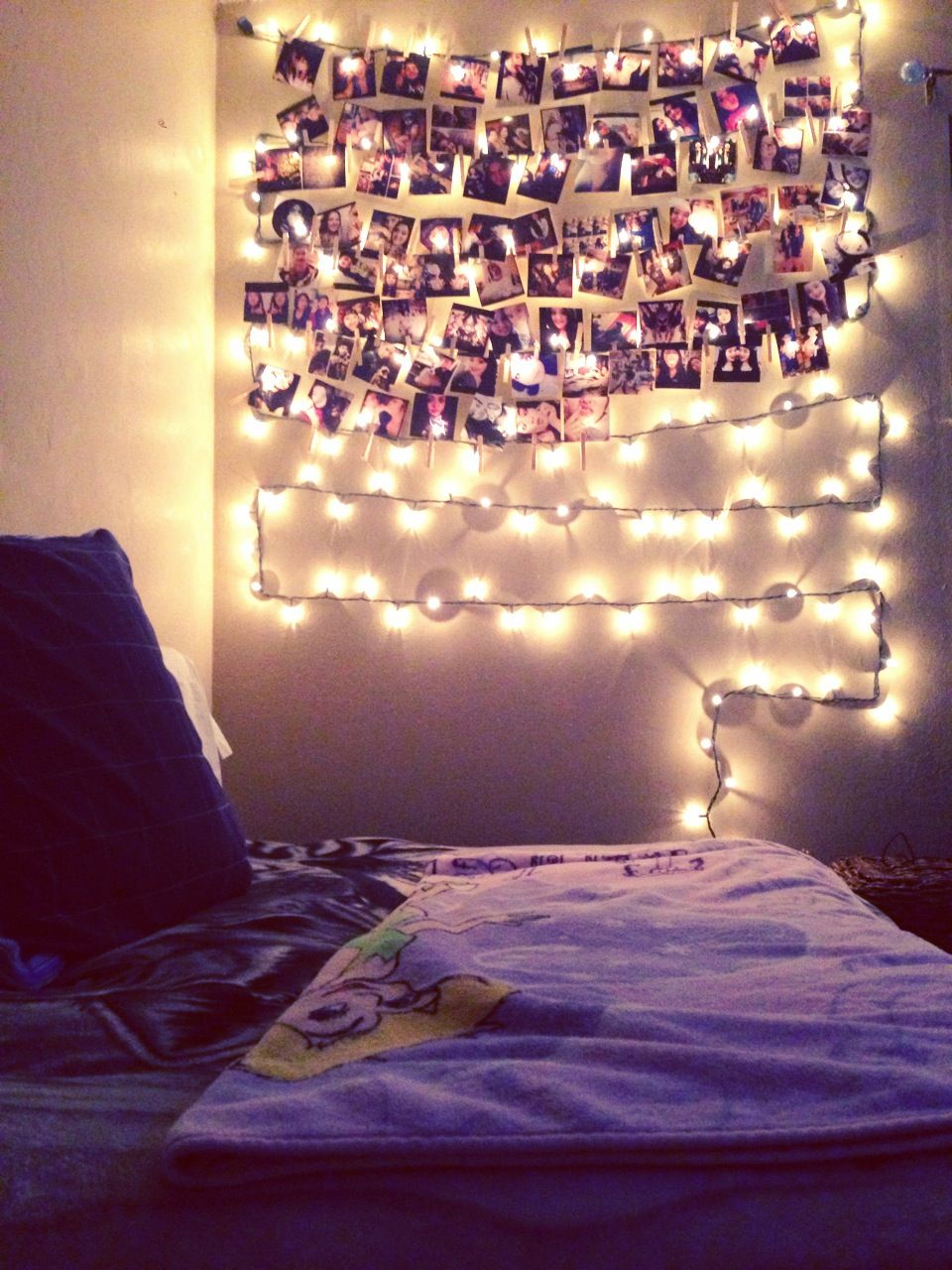 Purple christmas lights bedroom - My Wall In My Room Christmas Lights Photographs And Clothespins