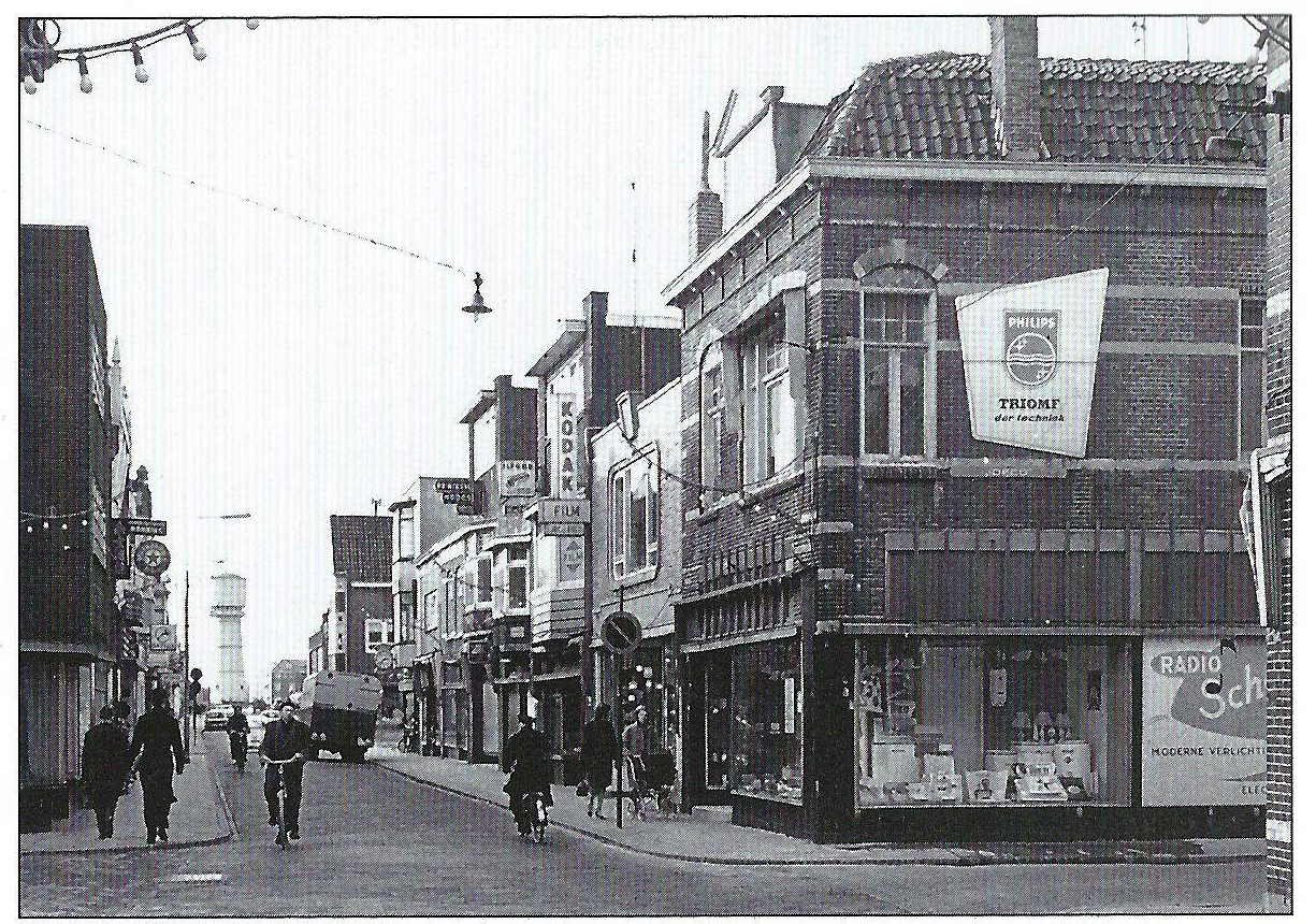 Het gedeelte Keizerstraat dat na de doorbraak in 1959 Beatrixstraat is geworden