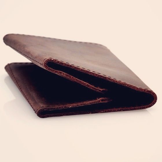 Band wallet - earth. #germanmade #wallet #band #leather #fashion