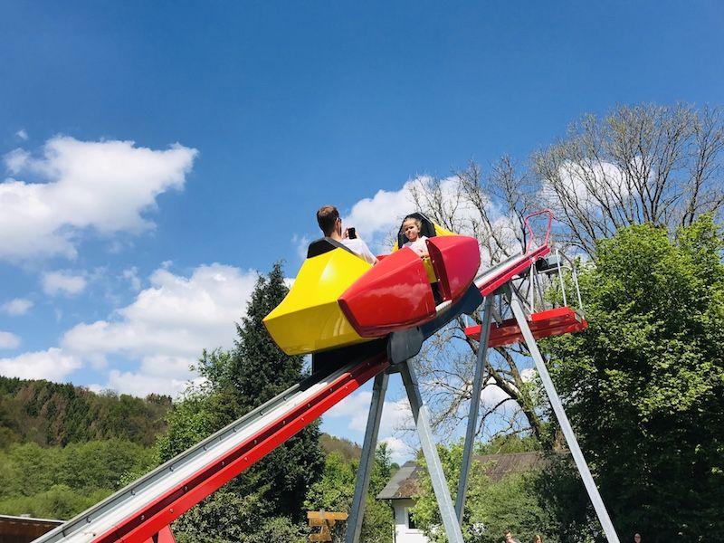 Fahrgerat Im Affen Und Vogelpark Eckenhagen Ausflug Affen Und Vogelpark Ausflug Nrw
