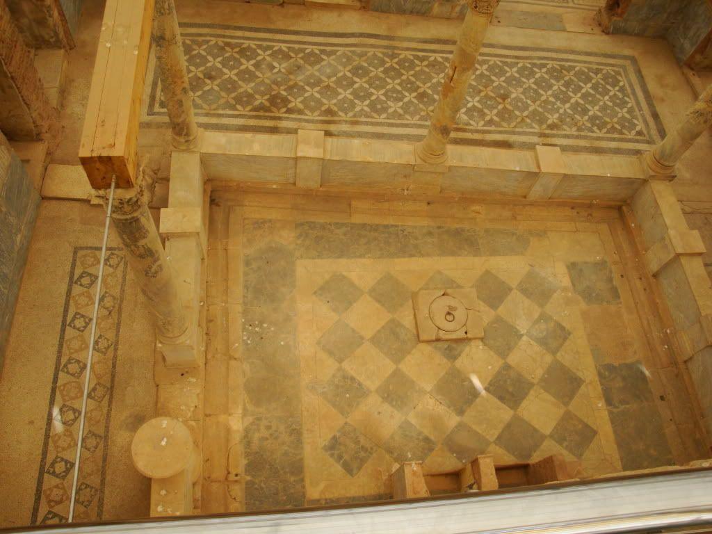 Tiled Roman tub | Dream Home | Pinterest | Tubs