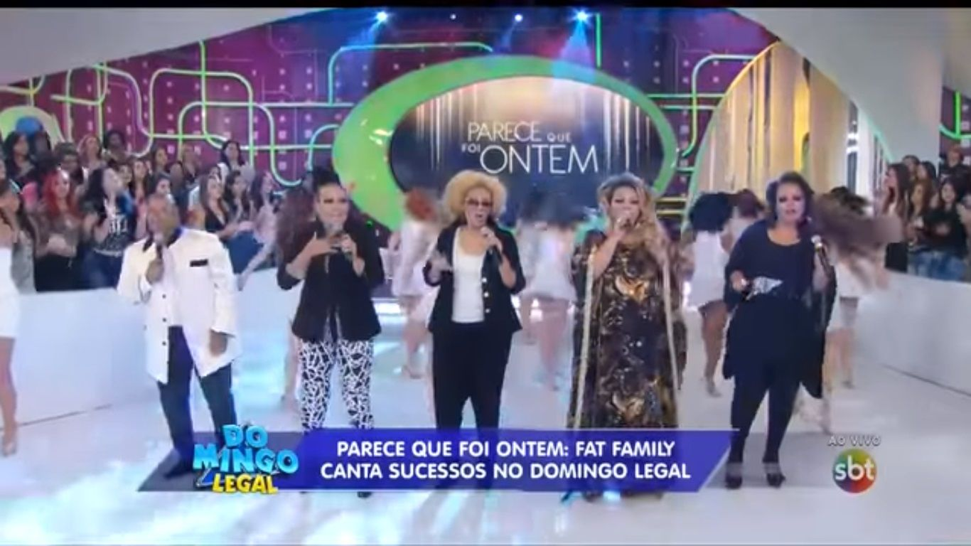 Fat Family no #DomingoLegal. O grupo participou do programa de Celso Portiolli em 2014 e cantou sucessos (https://www.youtube.com/watch?v=wiETqBX5f1s)