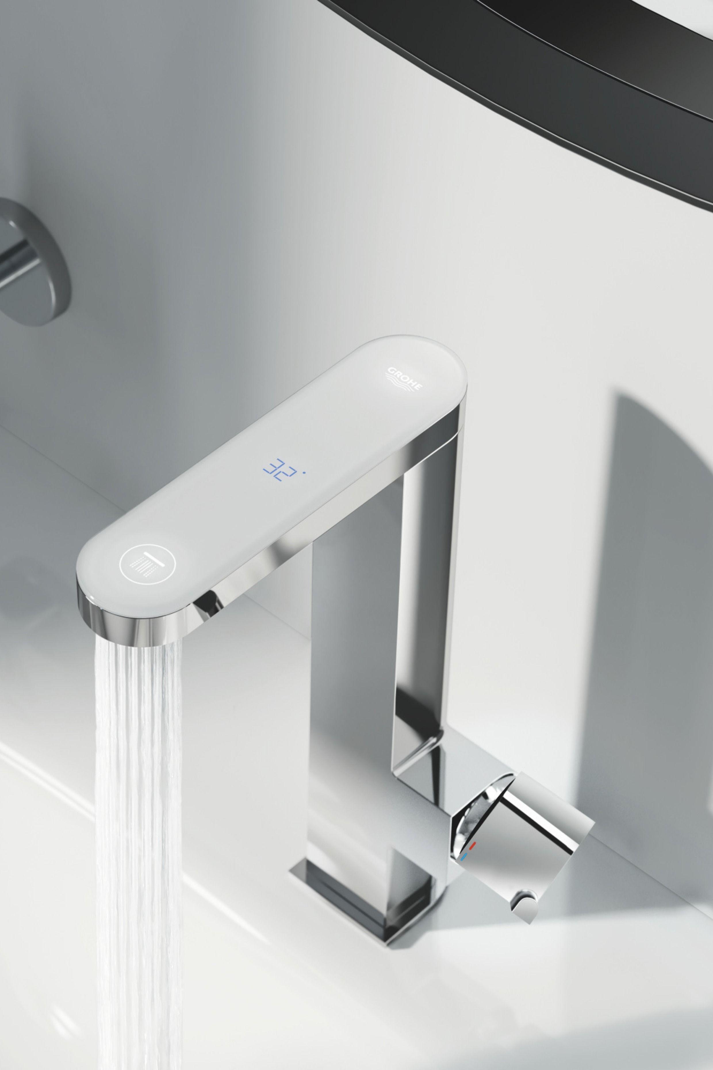 Grohe Plus Einhand Waschtischbatterie Mit Digitalem Display L Size Chrom Waschtischarmatur Badarmaturen Armaturen