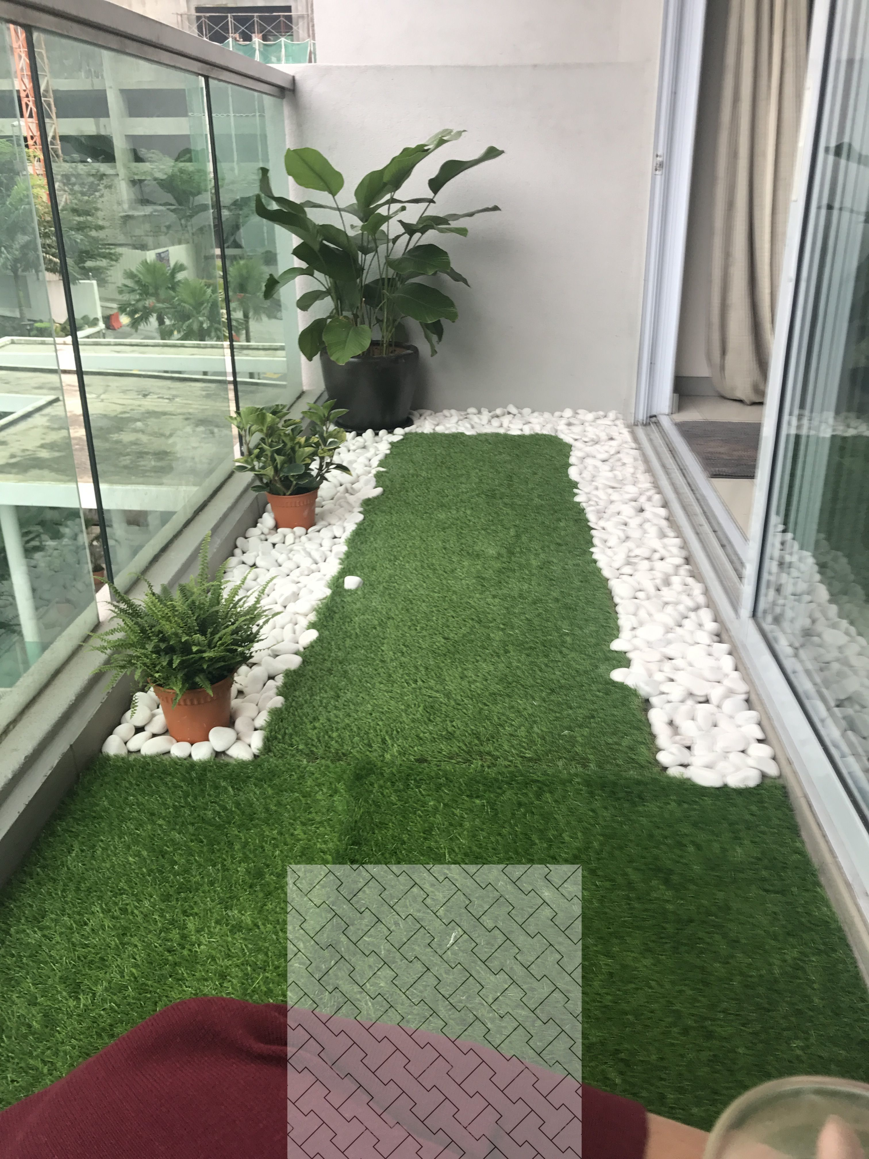 how to clean artificial grass in balcony