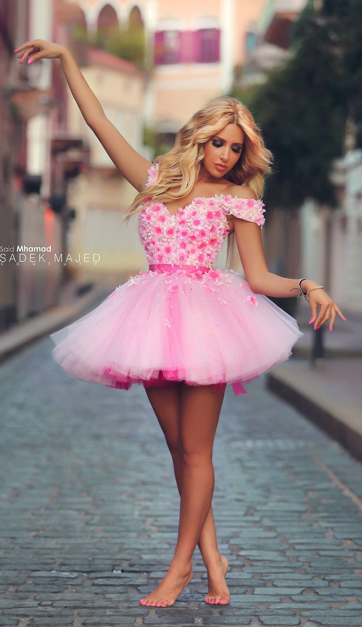 Very nice pink dress | batas mas | Pinterest | Diseñadores de moda ...