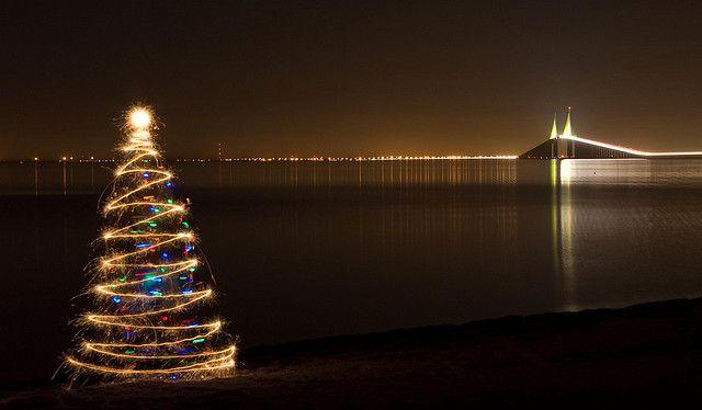 Sparkler Christmas Tree Series Skyway Bridge St Petersburg Fl With Xmas Lights