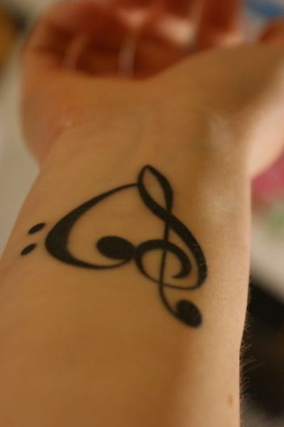 27 creative and personal music tattoos clef treble clef heart and rh pinterest com au treble clef heart tattoo designs treble clef heart tattoo wrist