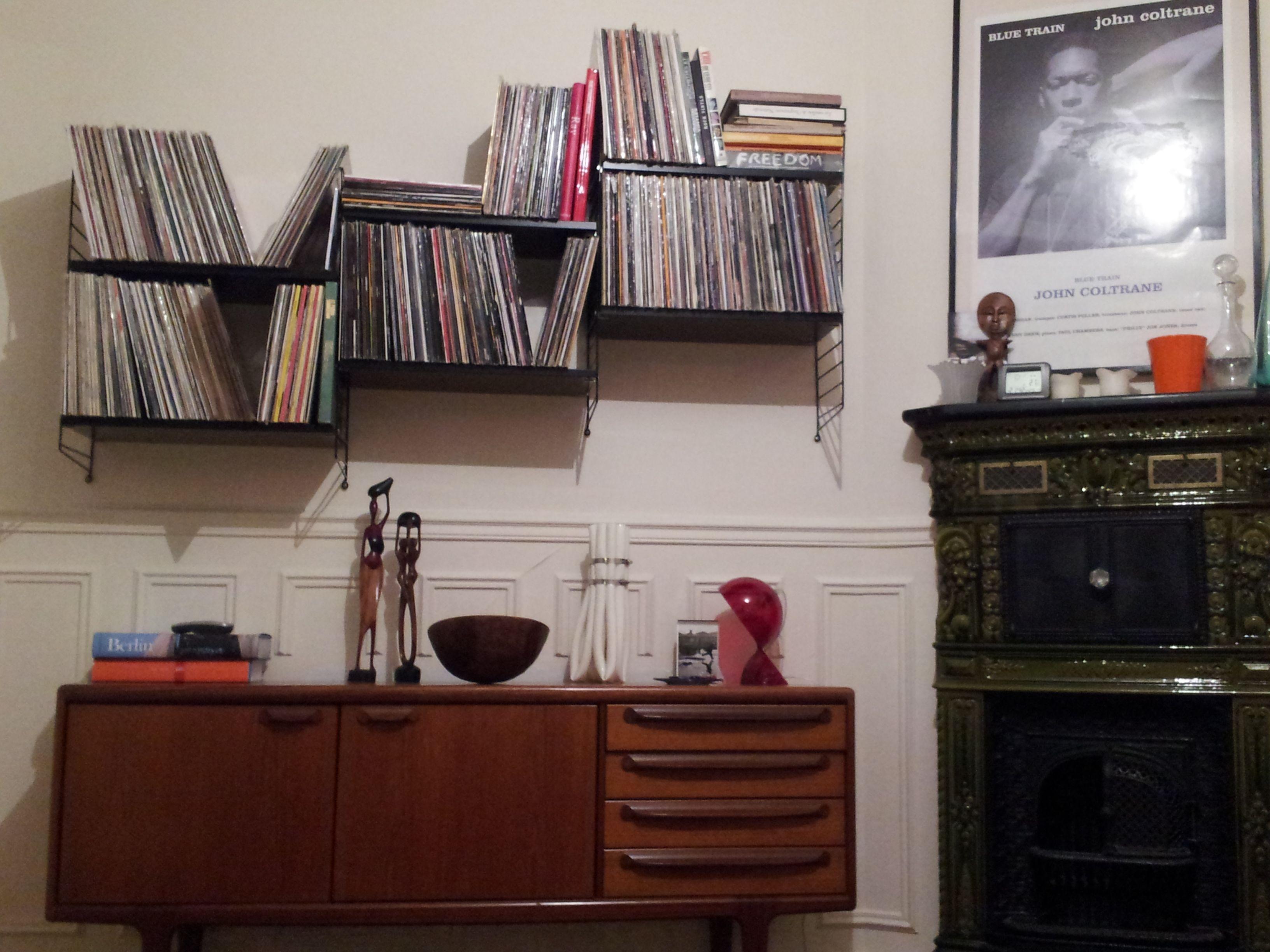 Design String Kasten : String shelves under vinyl load media storage string shelf