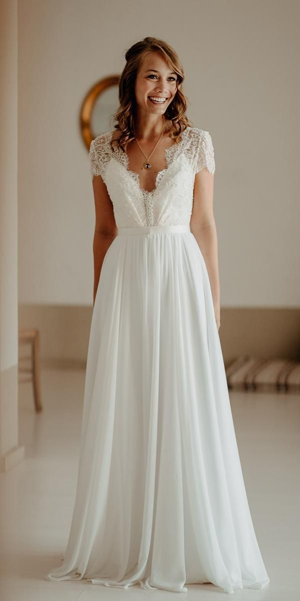 48 Simple #WeddingDresses Perfect for Minimalists