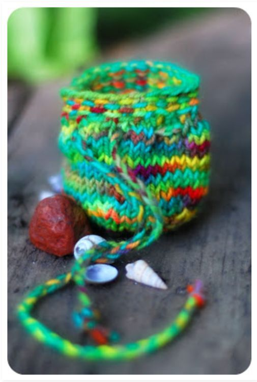 17 awesome knitting projects to finally use all that scrap yarn ...