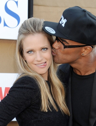 AJ Cook, Shemar Moore. What's prettier than that?