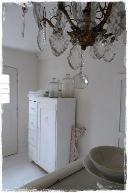 lilleweiss vor langer zeit shabby cottage 2 english french country decor. Black Bedroom Furniture Sets. Home Design Ideas